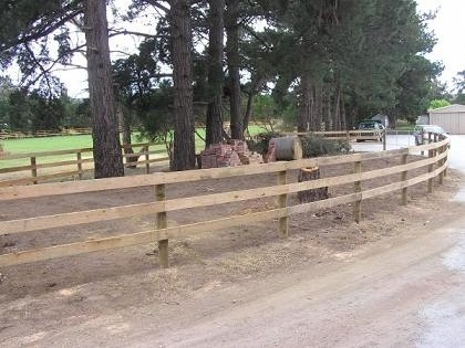 post and rail fencing image