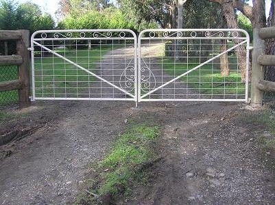 gates and fence images