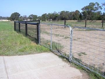 chainmesh fencing image